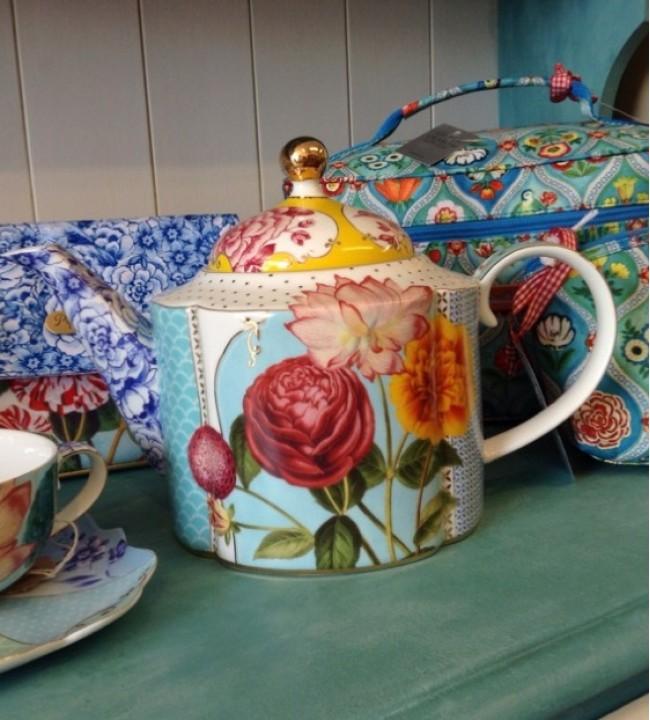 Pip Royal Tea Pot